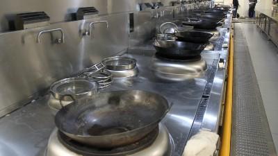 成都商用厨房设备如何搭配油烟净化系统