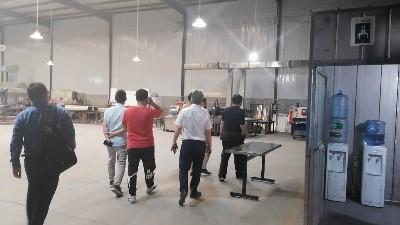 客户来访我司工厂进行实地参观考察